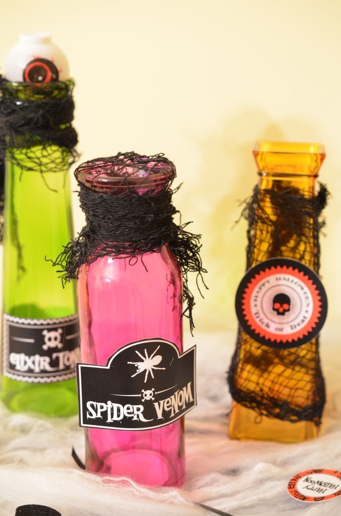 Halloween Party poison bottles