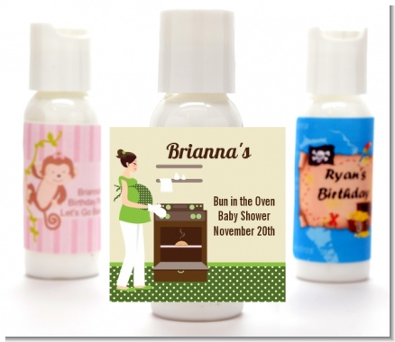Bun in the Oven Neutral - Personalized Baby Shower Lotion Favors