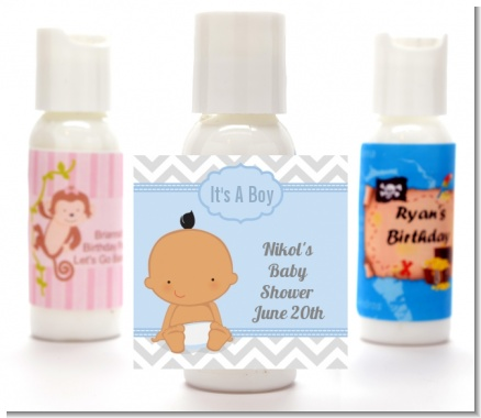 It's A Boy Chevron Hispanic - Personalized Baby Shower Lotion Favors