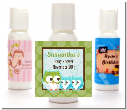 Owl - Look Whooo's Having Twin Boys - Personalized Baby Shower Lotion Favors