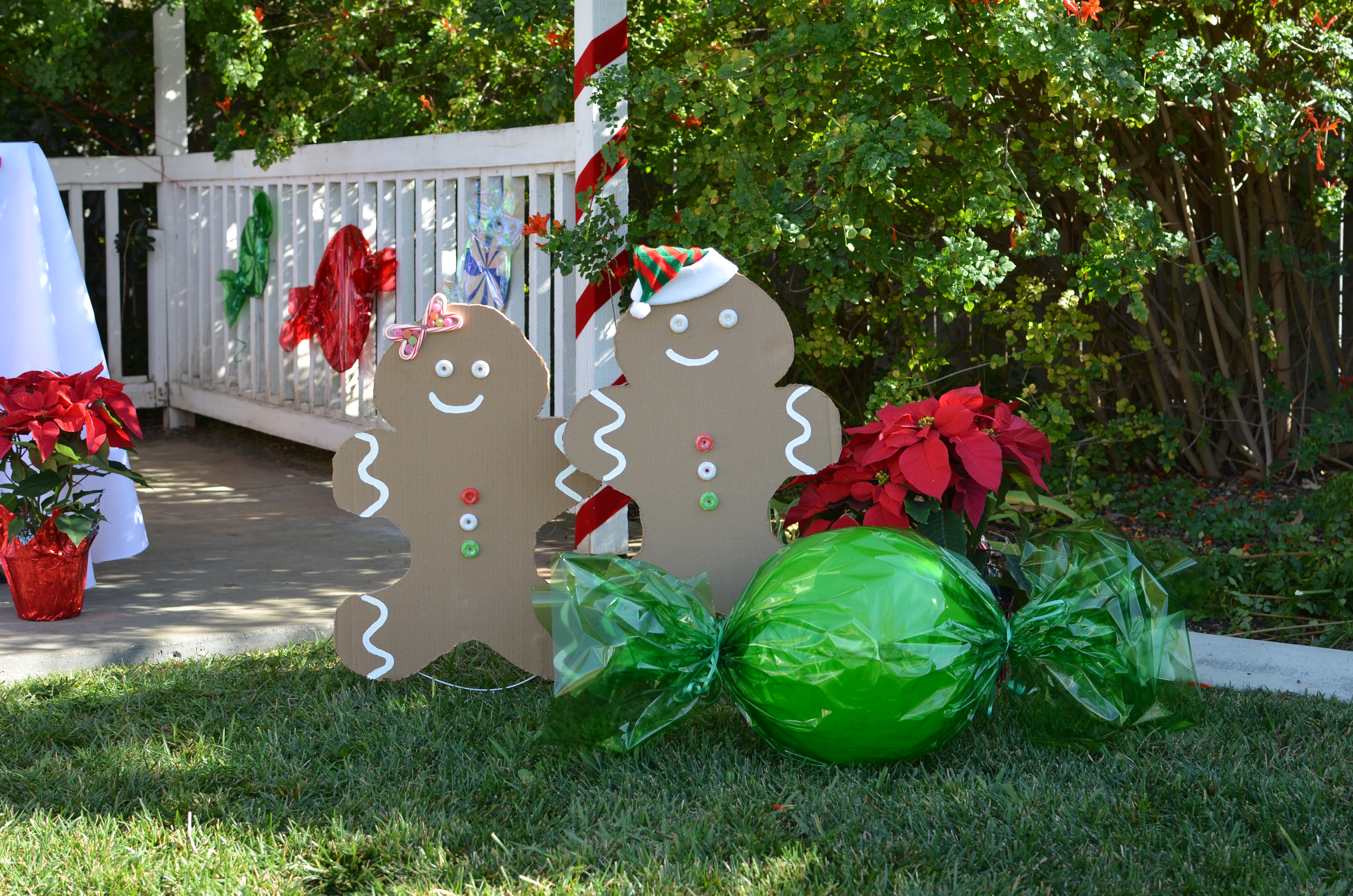 gingerbread party- cardboard decorations and candy